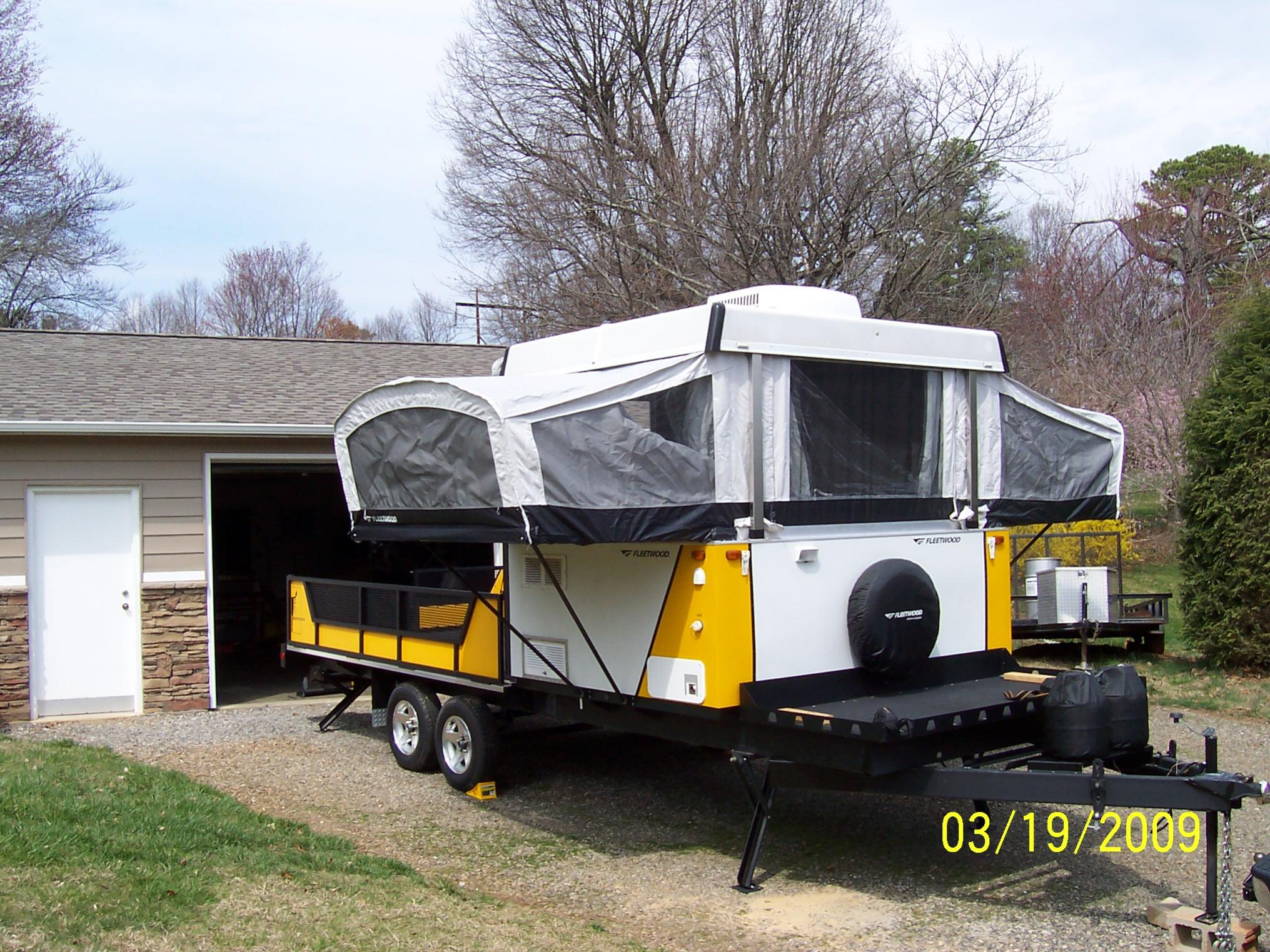 Fleetwood Scorpion S1 Toy Hauler Camper 100 1446