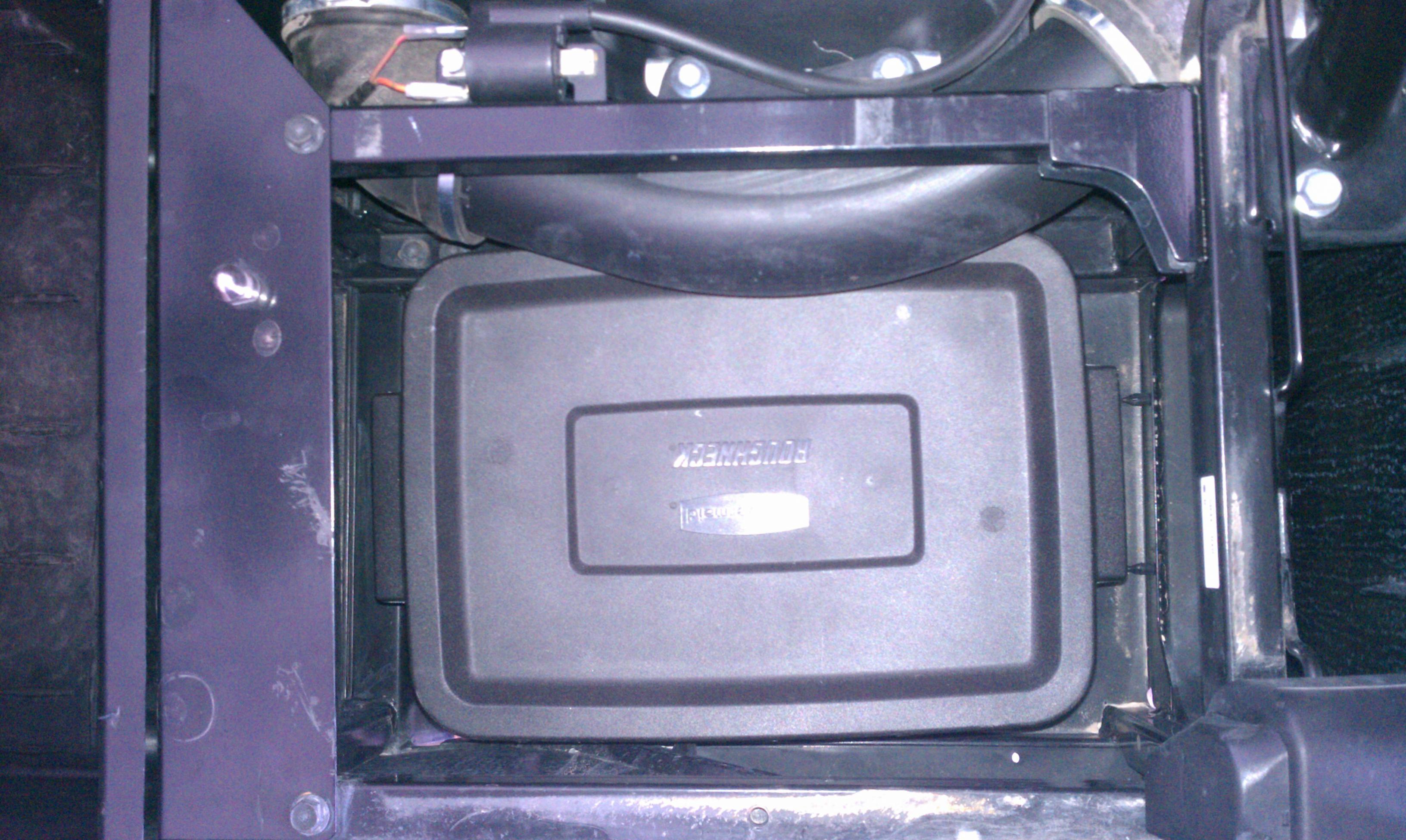Under Seat Storage Under -imag0196.jpg