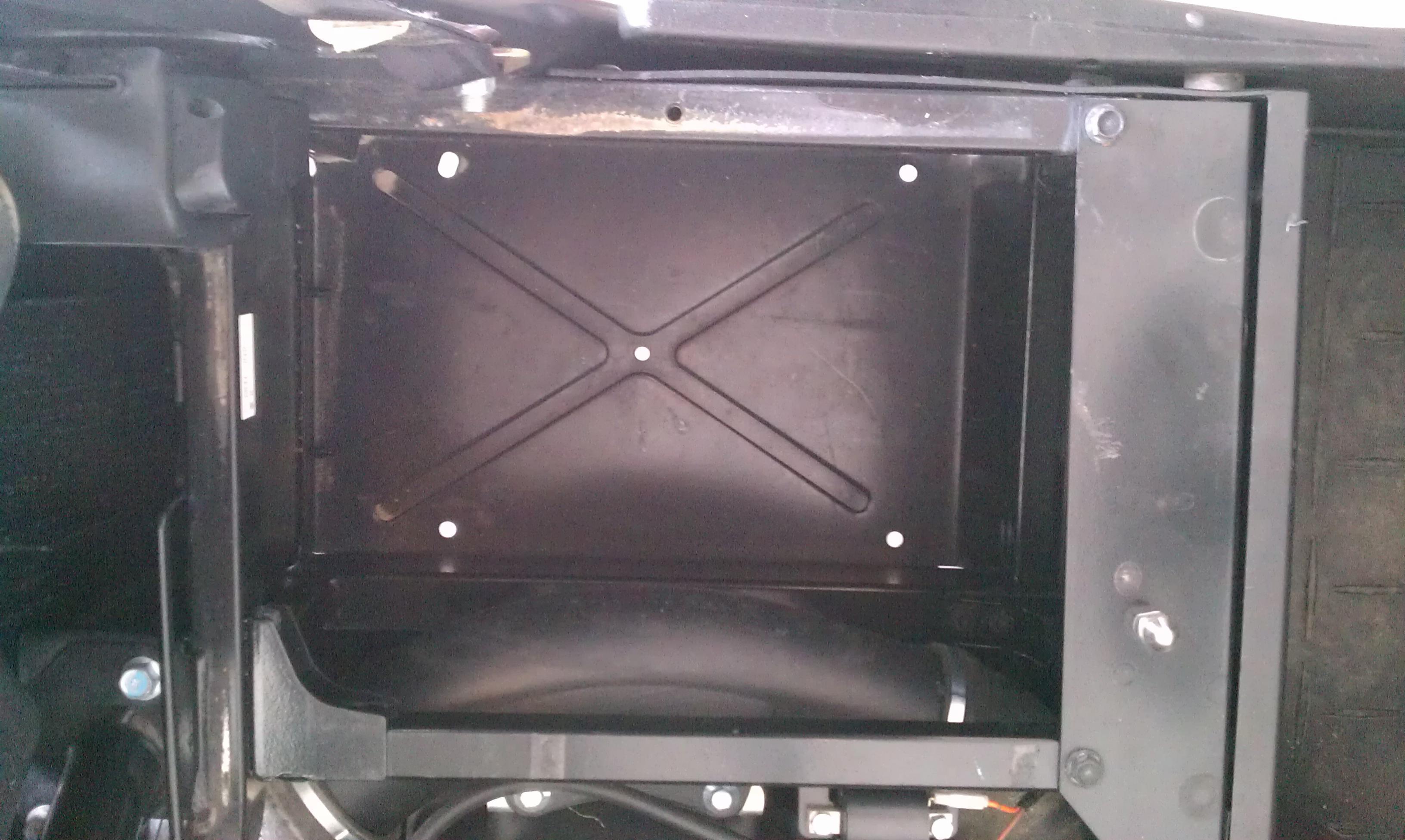 Under Seat Storage Under -imag0197.jpg
